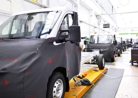 機械設計業務(タイヤ生産設備)AutoCAD
